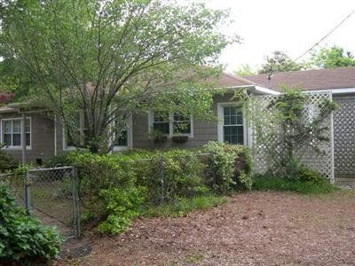 1002 East Moore St, Southport, NC 28461