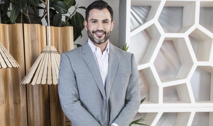 """'Married at First Sight' Relationship Expert Dr. Joseph Cilona Says, """"Each Day Is A New Learning Experience"""" #marriedatfirstsight #relationshipexpert #joesphcilona #learning"""