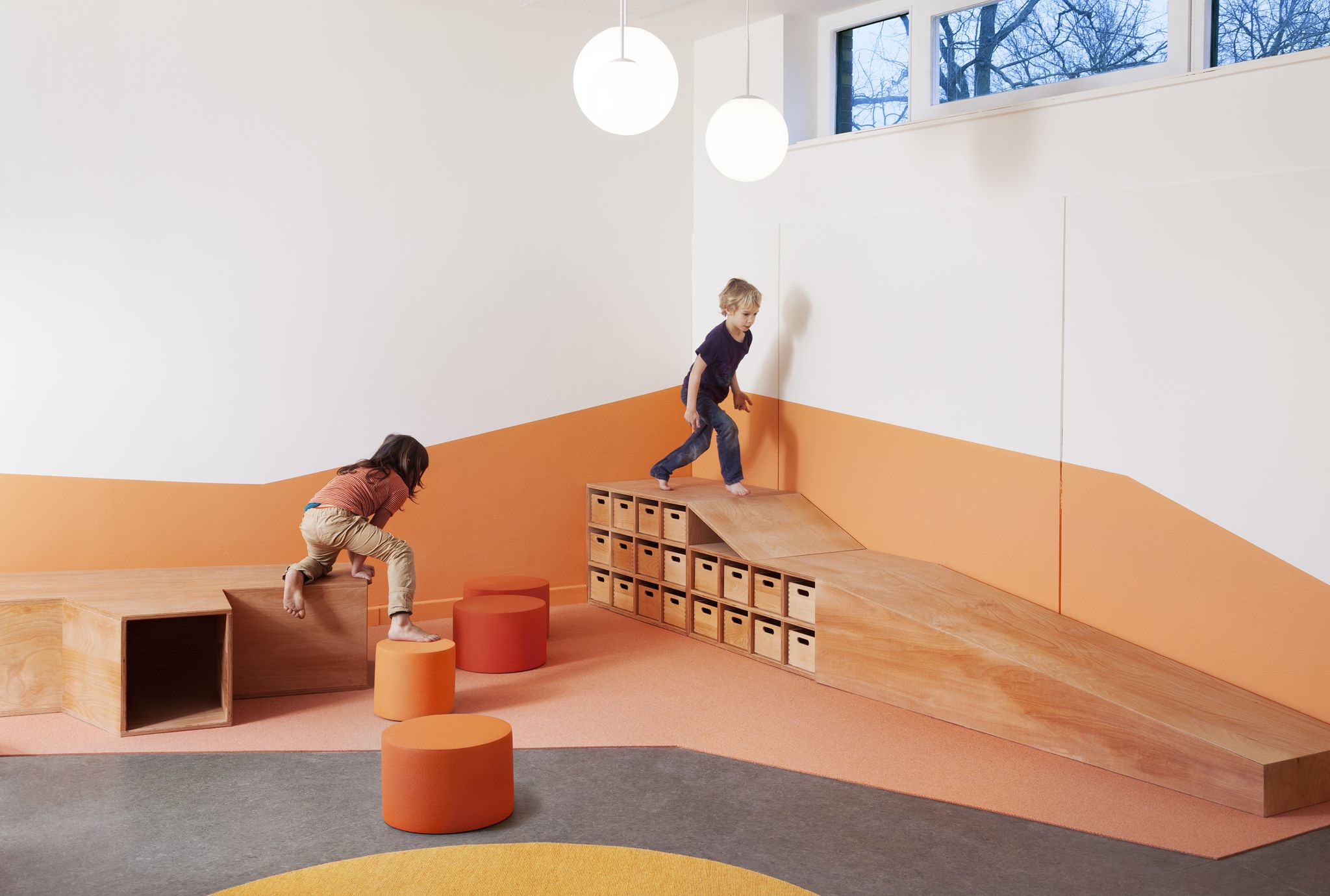 Sinnewandel kindergarten in berlin designed by baukind and for Raumgestaltung atelier kita