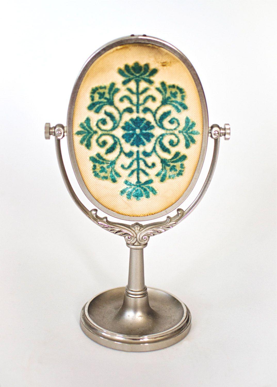 Antique table mirror Silver Vanity, Antique Vanity, Vintage Mirrors, Vintage  Vanity, Antique - Antique Table Mirror Antiques Vanity,Mirrors,Brushes-&-More