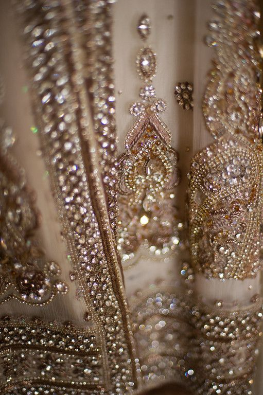 Saree fabric detail - Maiden India: Photo
