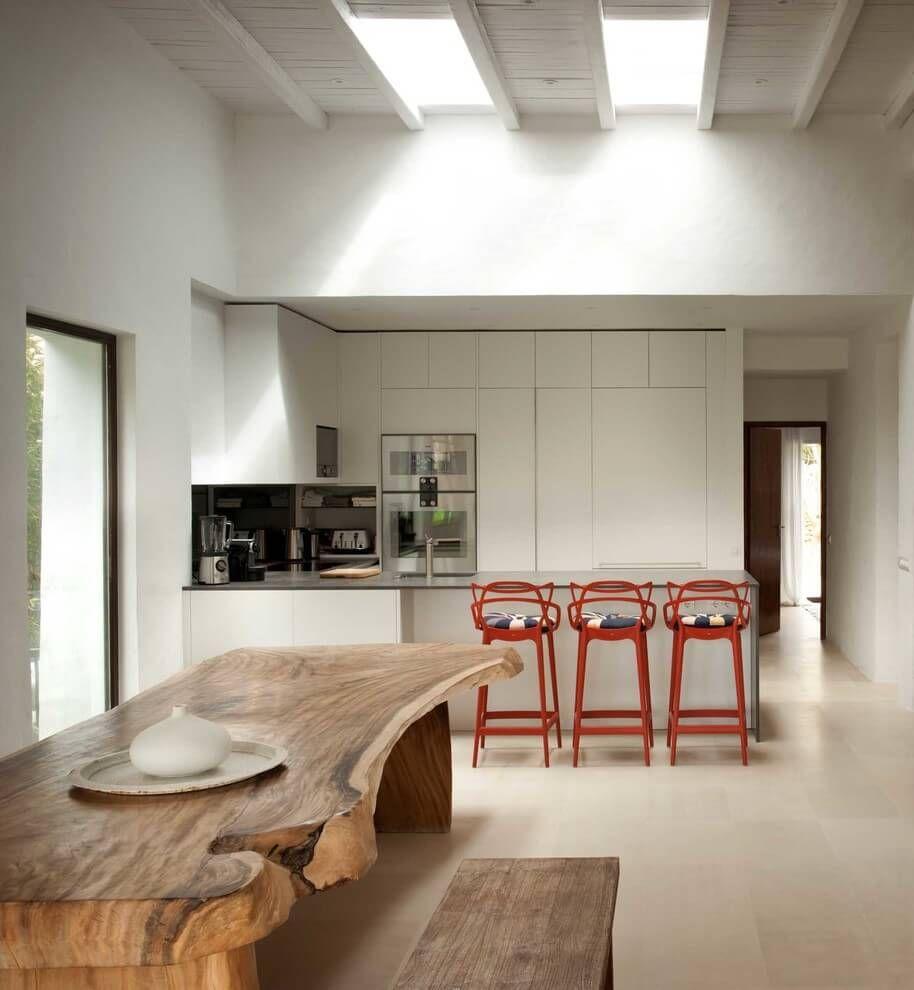 Stil contemporan într-o frumoasă casă din Ibiza, Spania