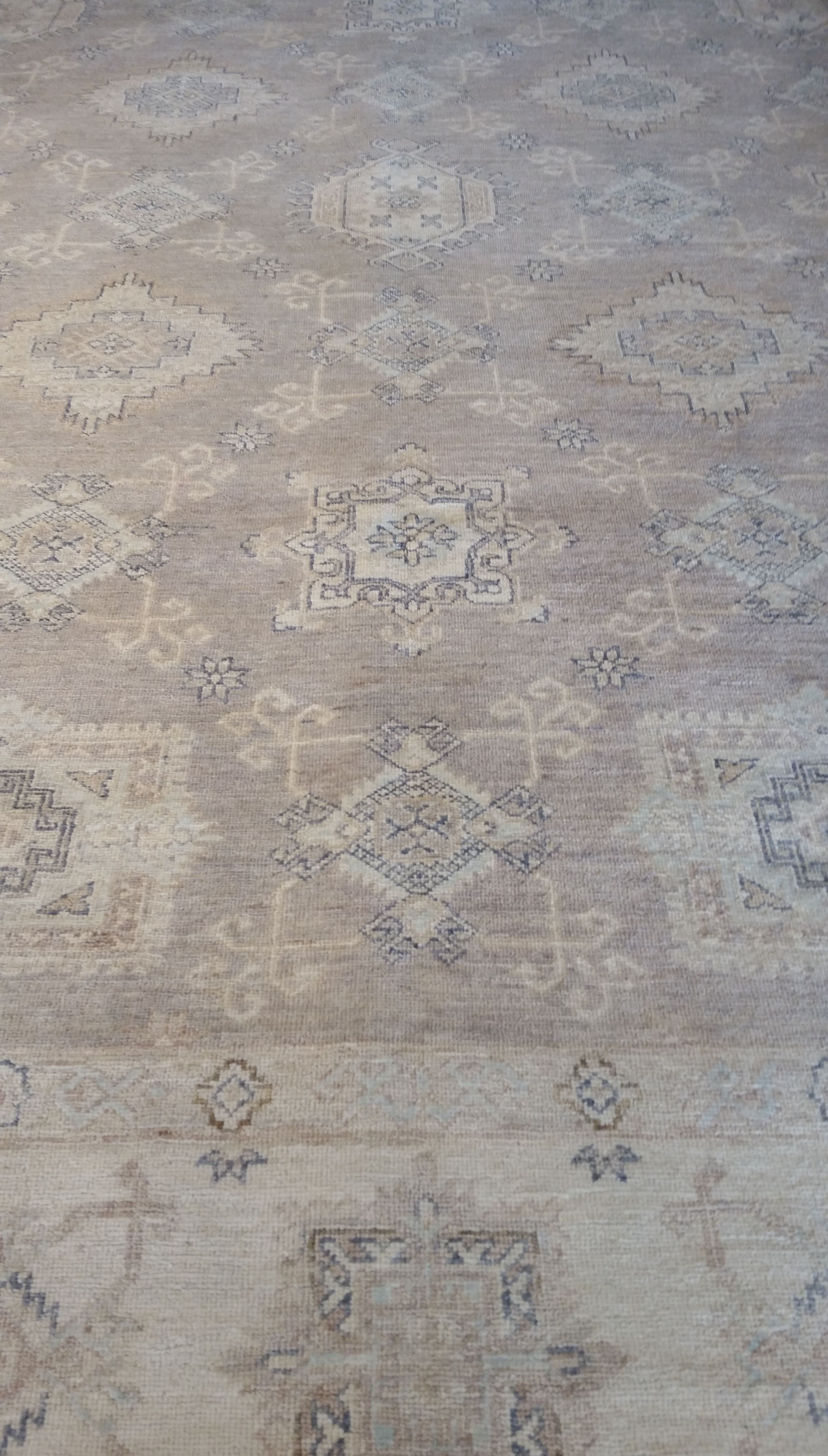 Detail Of Light Gray Taupe Ivory Geometric Hand Knotted 100 Wool Size 8 X 10 Rug Rita Oriental Rugs Chicago Rugs Oriental Rug Transitional Area Rugs