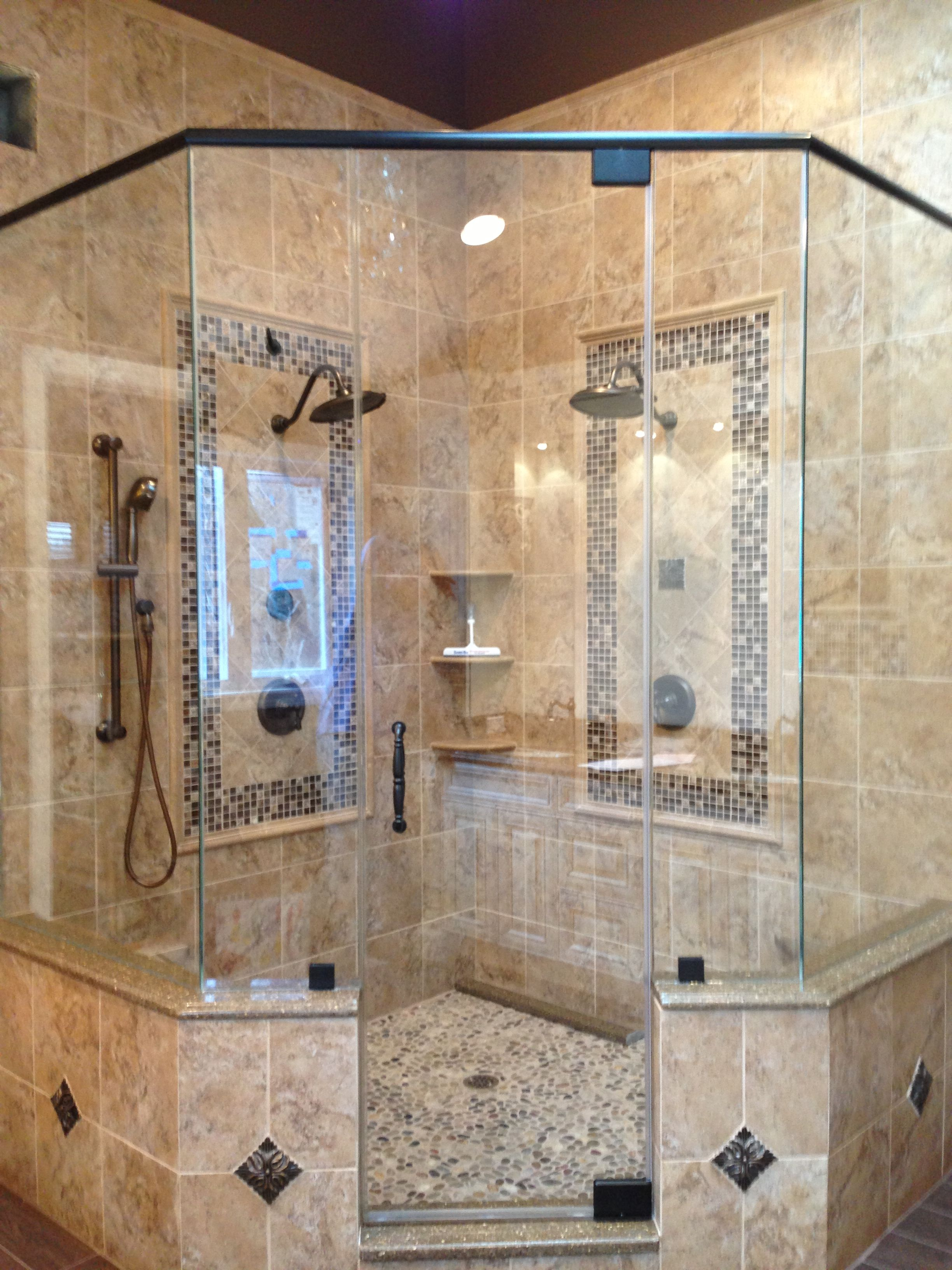Neoangle semiframeless shower enclosure recently