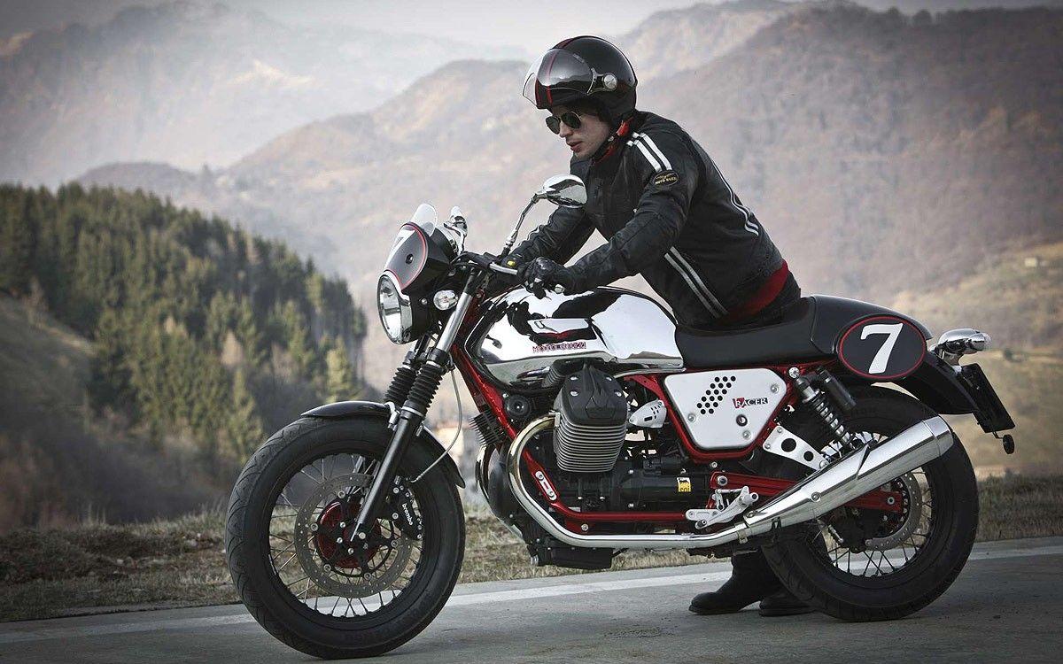 moto guzzi v7 racer ii catalogue paris nord moto un. Black Bedroom Furniture Sets. Home Design Ideas