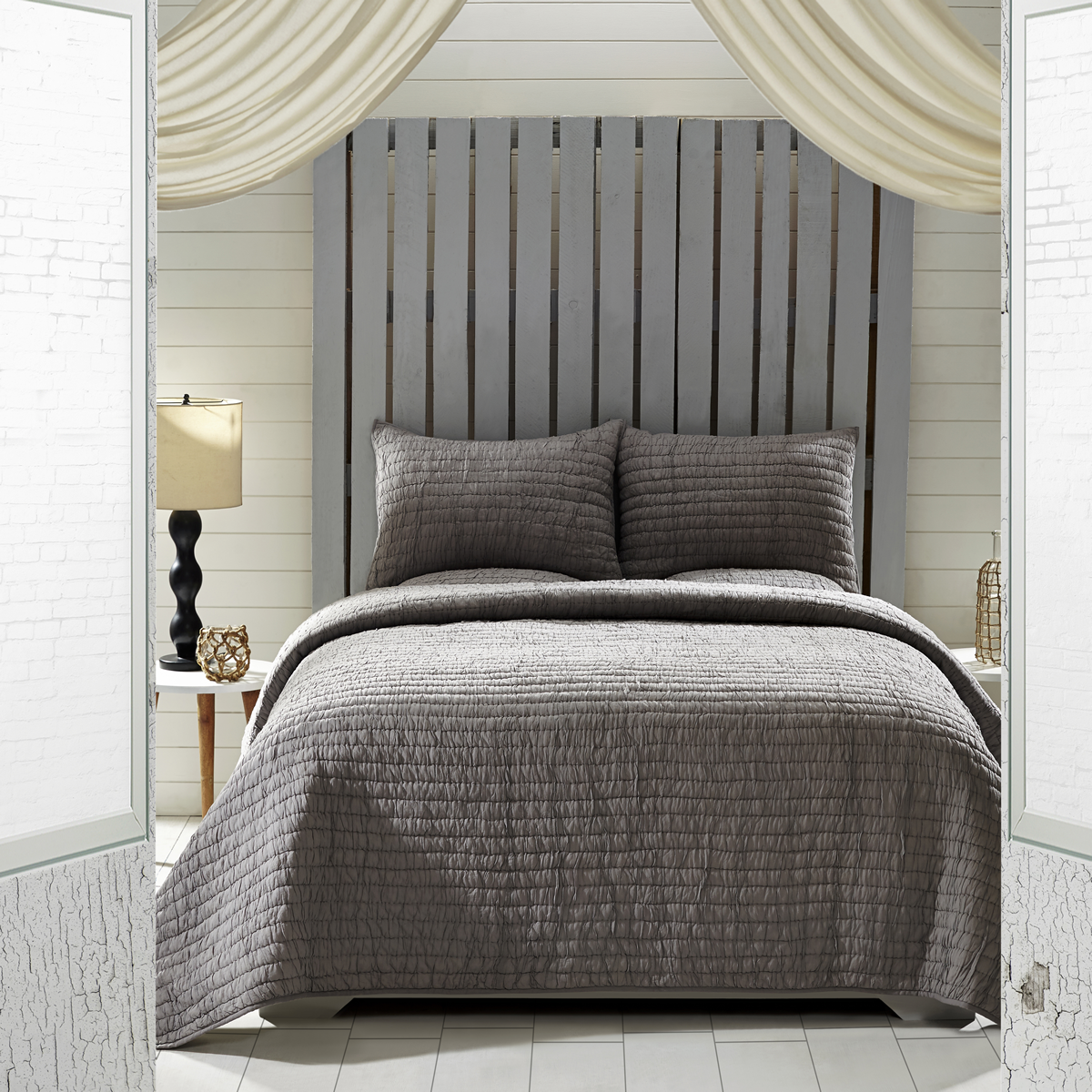 """New for 2015. This Bella Taylor Home set comes with a quilt and 2 shams. It comes with 2, 21x37"""" shams. It is 100% cotton voile with 2"""" ruching. King $179.95, Queen $159.95 and Twin $109.95."""