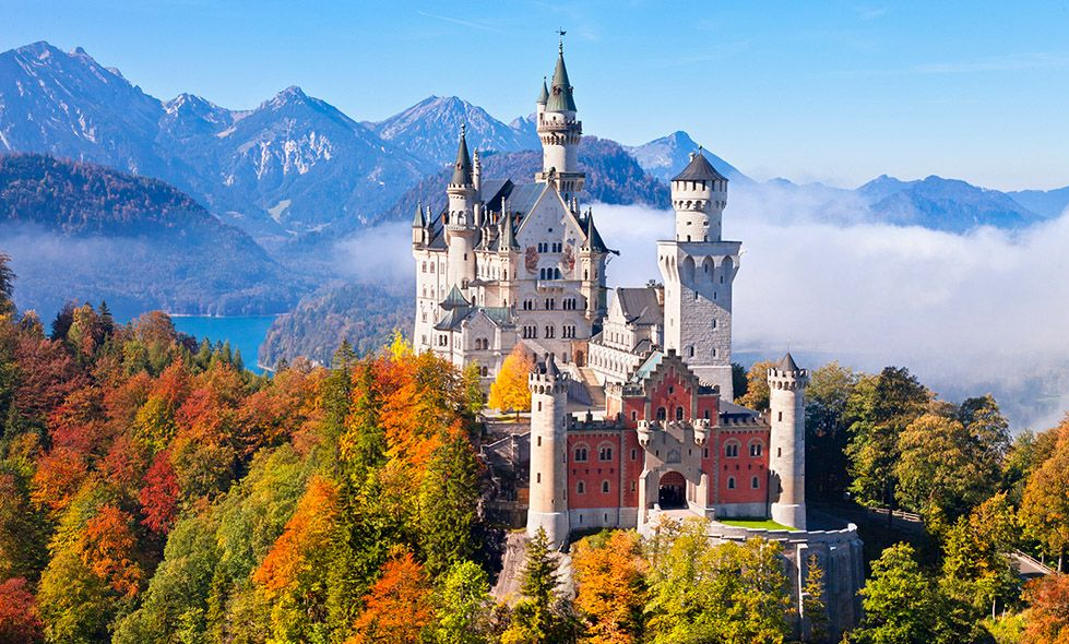 Schloss Neuschwanstein Hohenschwangau Germany With Images Neuschwanstein Castle Germany Castles Castle