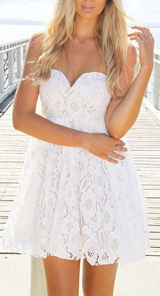 White Strapless Sweetheart Neckline Crochet Lace Dress
