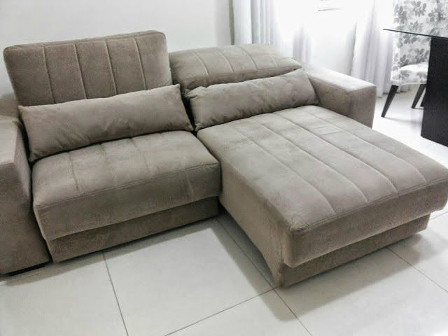 Sofá com chaise retrátil e encosto reclinável foi a escolha da blogueira  Sheila Mendes 14af8b8687