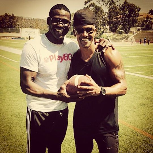 f2fb91542ed In This Moment · Countries · September · Criminal Minds Feed   shemarmoore   MICHAEL IRVIN and SHEMAR MOORE!!! Very