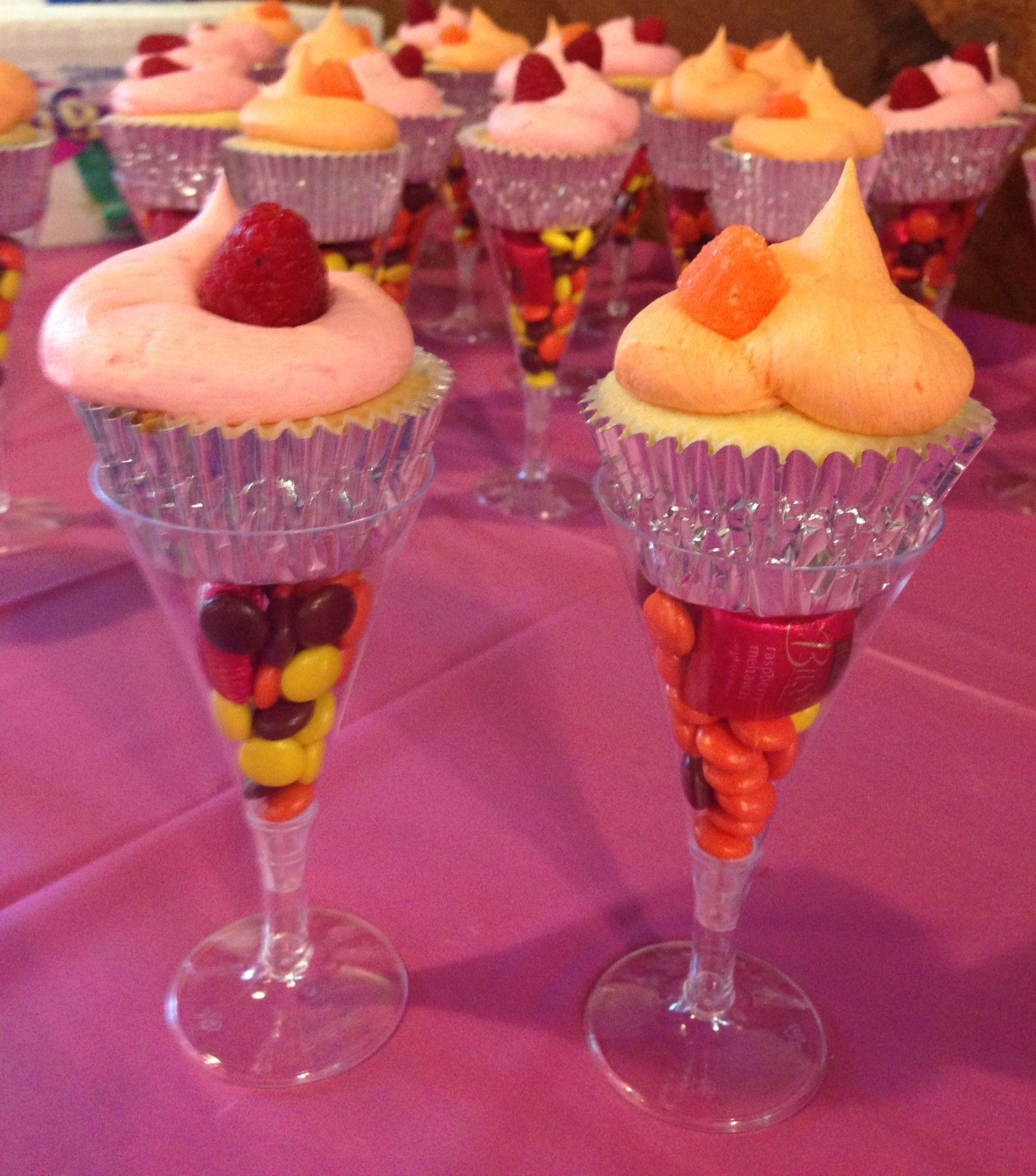 Champagne flute cupcakes for wedding shower. Cupcakes