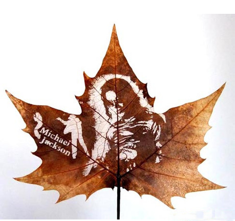 Handmade carving,leaves of French sycamore tree, 20-25 CM. leafcarving_handmadecraft@outlook.com