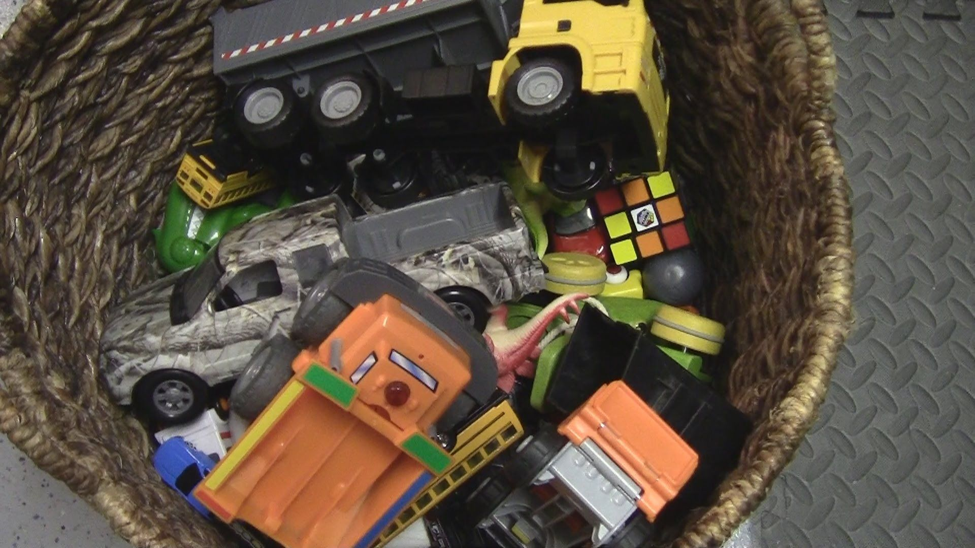 Treasure Chest Of Toy Trucks Discovery