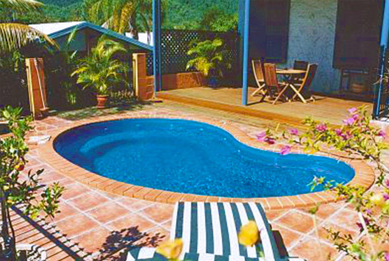 Gallery Pool, Pool accessories, Building a pool