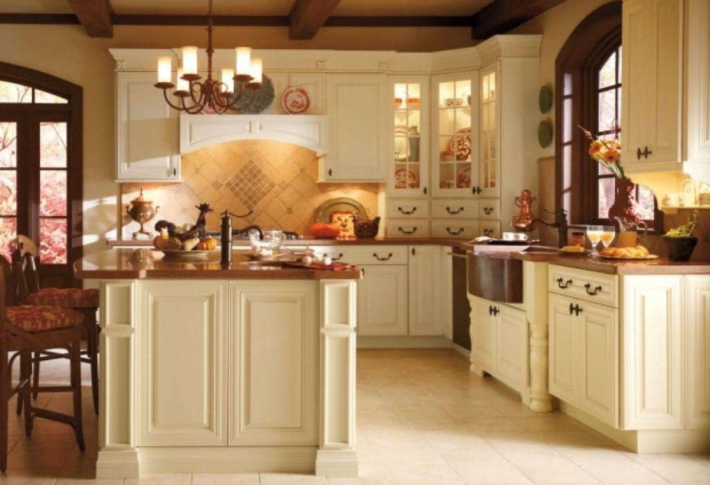 Thomasville Cabinets Reviews Kitchen Traditional With Accent Tiles  Pertaining To Thomasville Cabinets Thomasville Cabinets Intended For