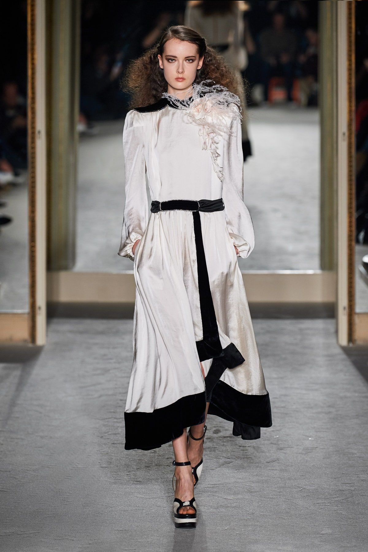 Philosophy Di Lorenzo Serafini Fall 2020 Ready To Wear Fashion Show Fashion Ready To Wear Fashion Week