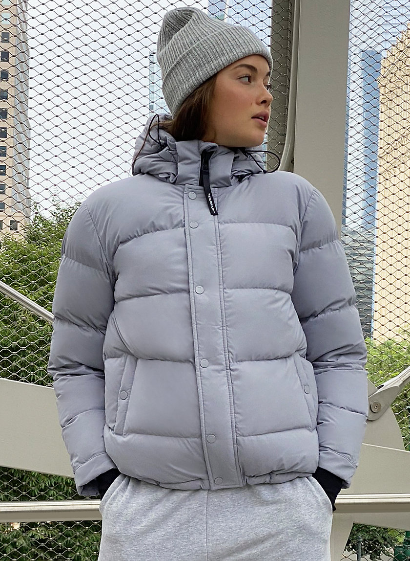 The Super Puff Winter Jacket Outfits Puffer Jacket Style Puffer [ 1147 x 840 Pixel ]