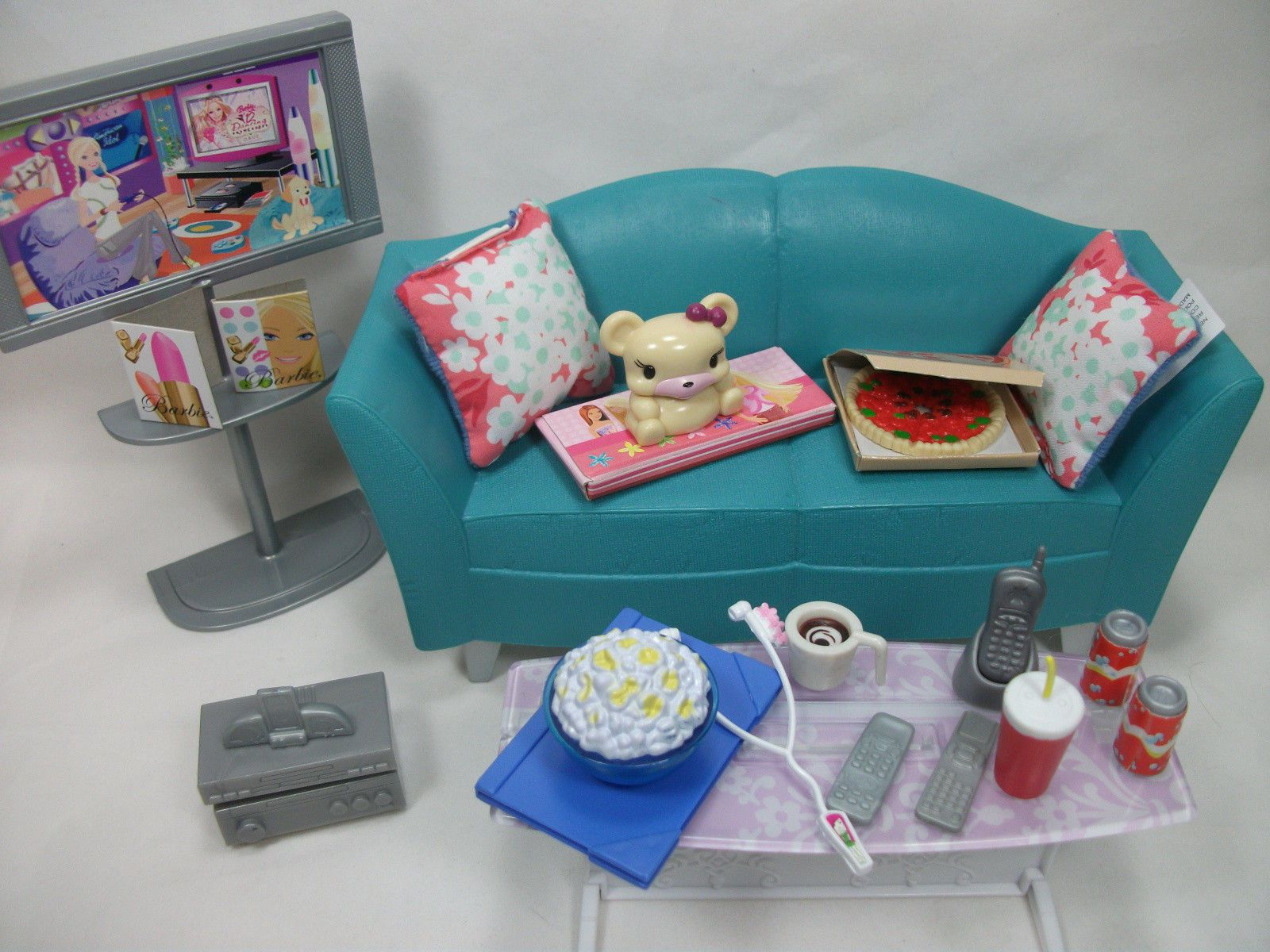Barbie My House Sofa and Table Set. I think I have this | Barbie ...