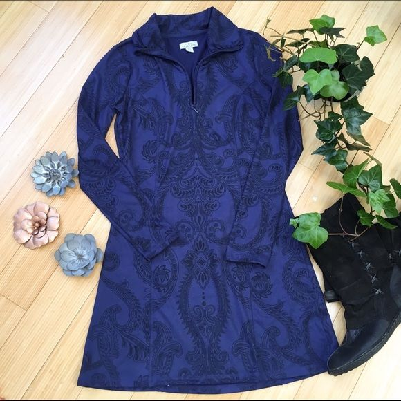 Soft navy blue winter dress. XS Small. Nice! Navy print soft winter dress. Almost a suede brushed fleece feel to it - definitely warm!  I love it but I can't pull off navy. Sz XS but fits a small. Tehama Dresses Long Sleeve