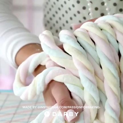 How to Make Marshmallow Twists #darbysmart #recipes #desserts #marshmallow #fundesserts #easydesserts #marshmallows