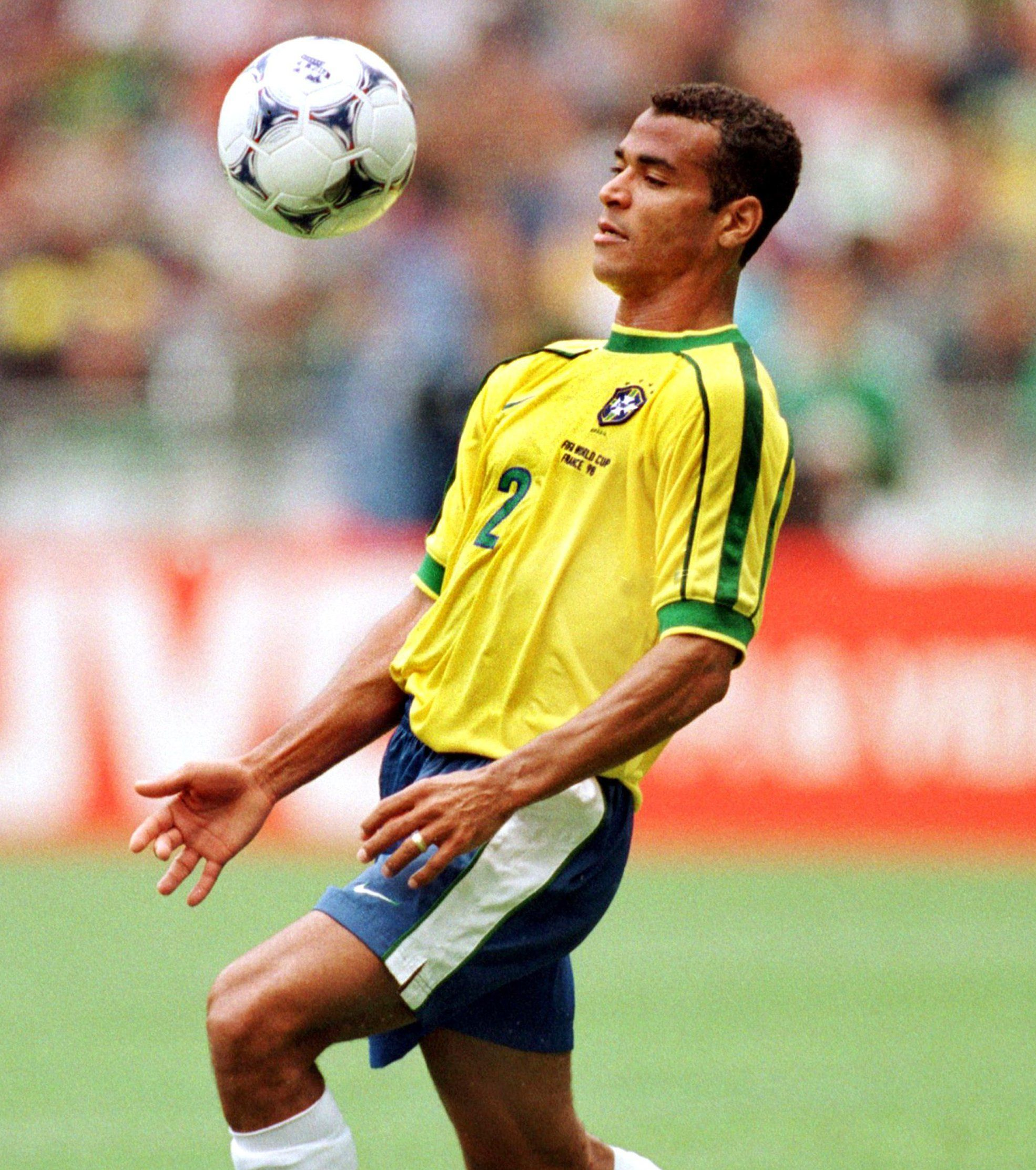 Cafu = the best right-back ever! (just my view)