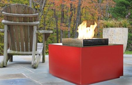 outdoor fire pit spark 450x290 The Cube Outdoor Fireplace from Spark Fires