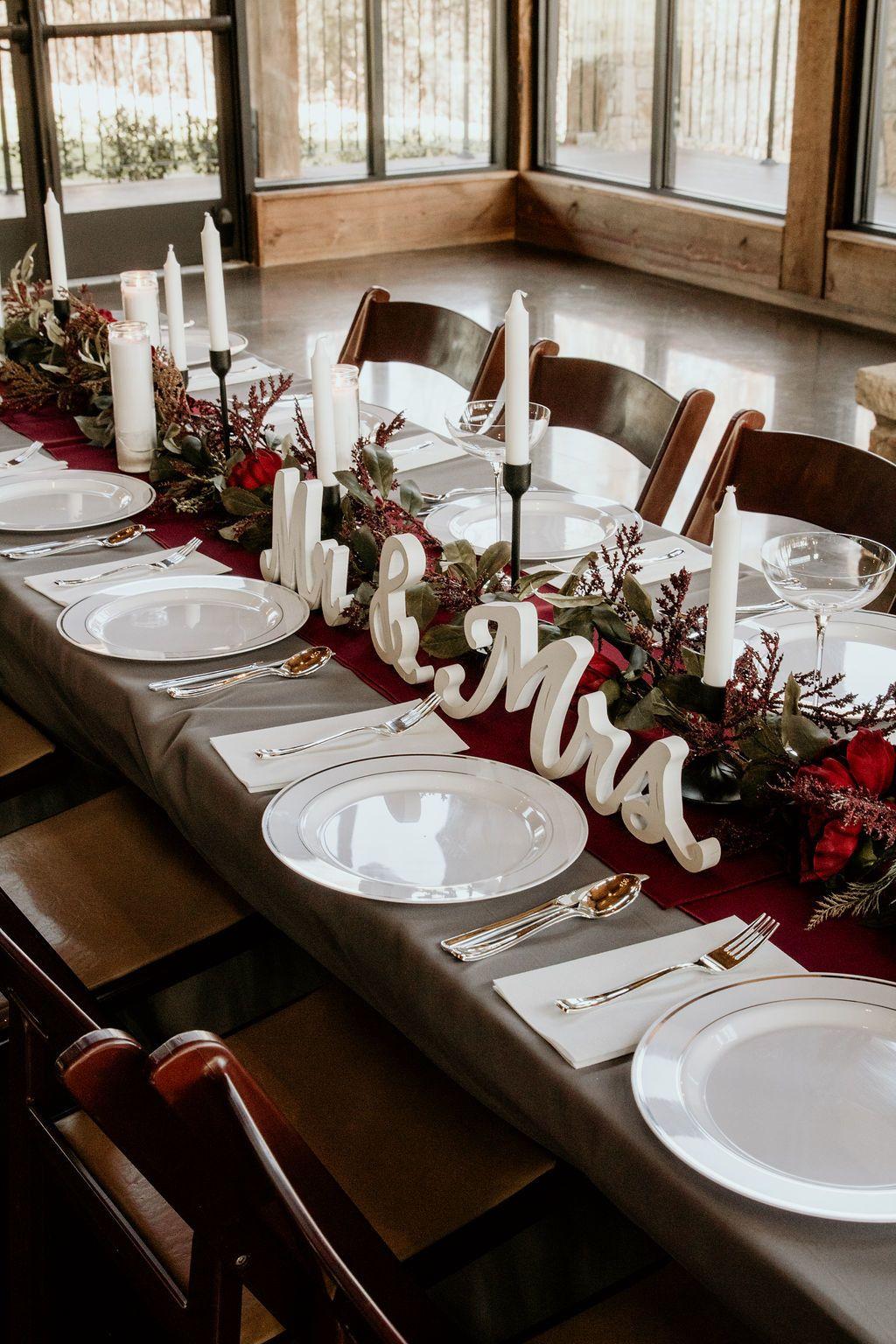 Lodge Wedding Venue In Denton Texas Head Table Wedding