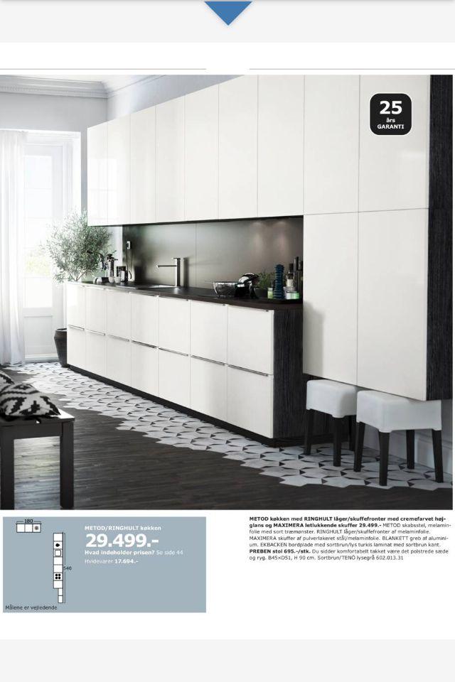 Ikea køkken.  Elsker skufferne