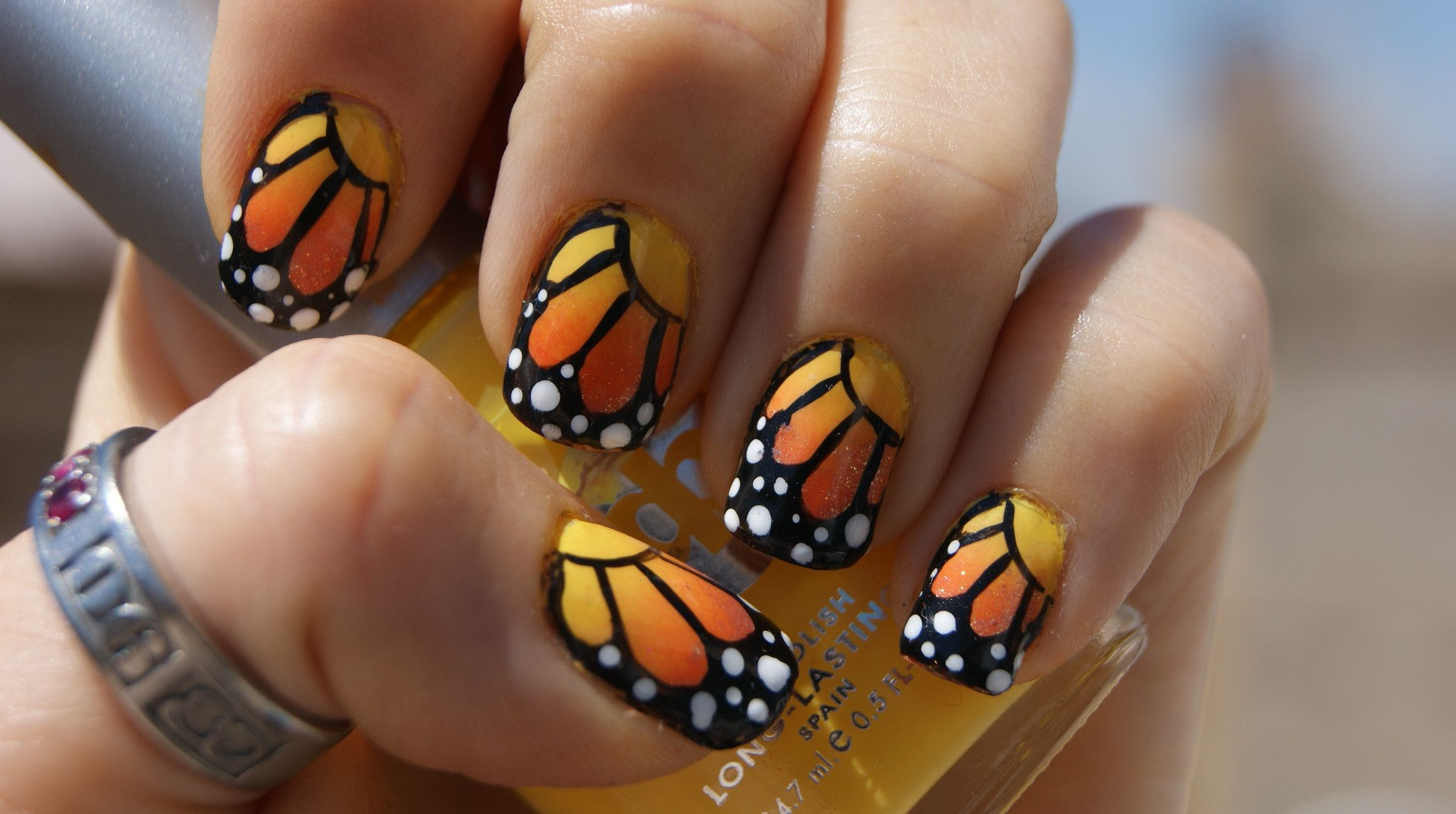gradient monarch butterfly nails