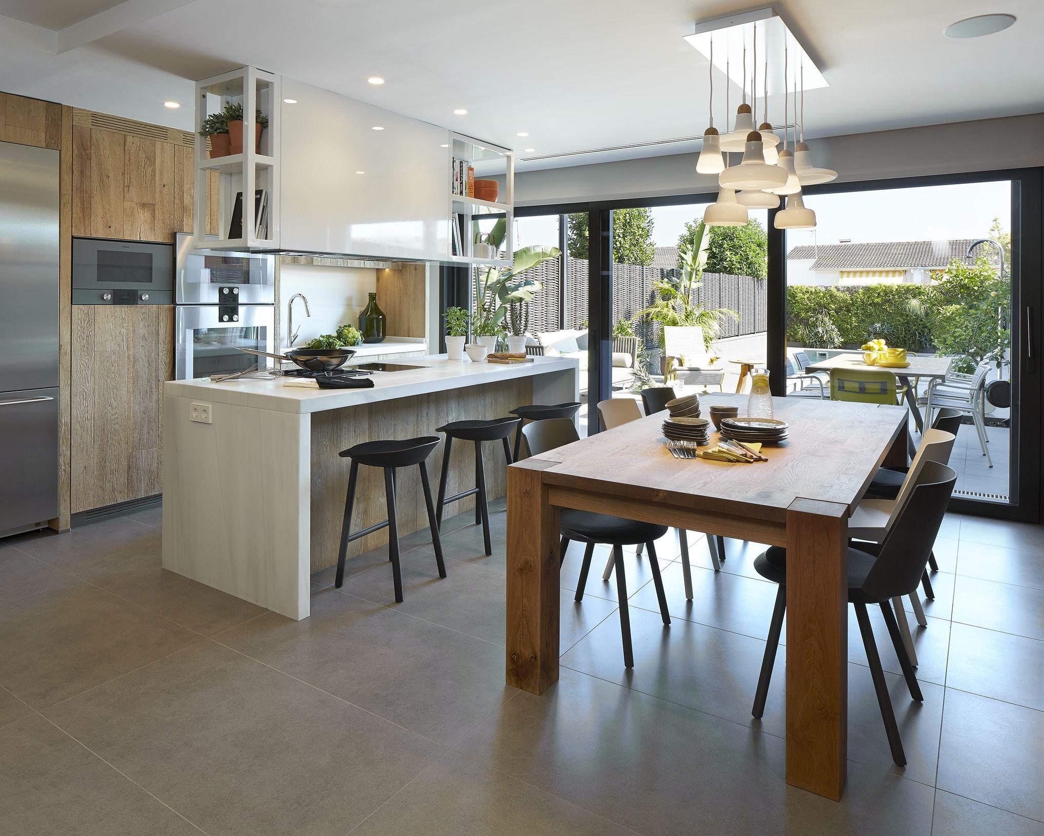 Molins interiors arquitectura interior interiorismo for Cocina exterior jardin