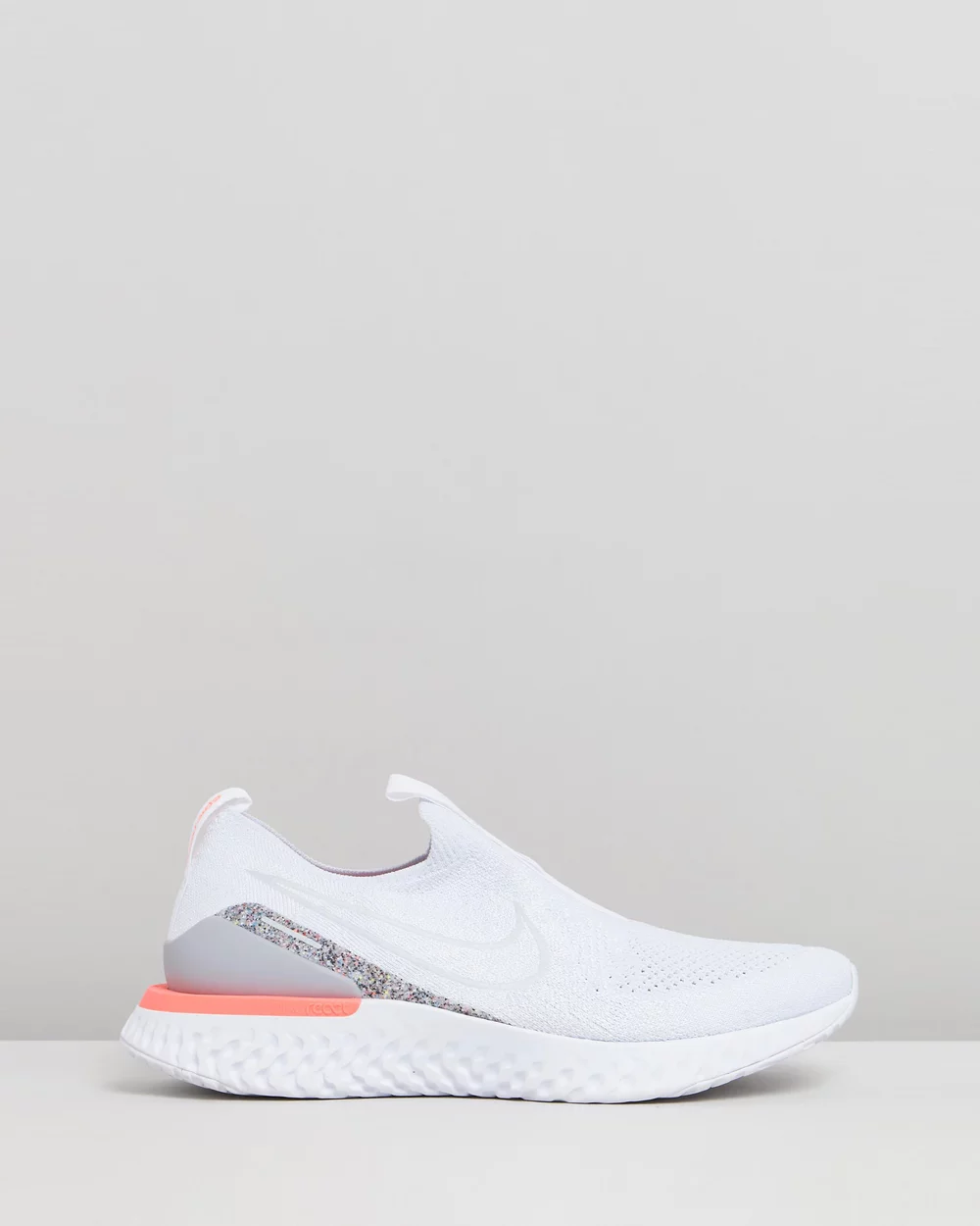 Epic Phantom React Flyknit Women's in 2020 Grå nike  Gray nike