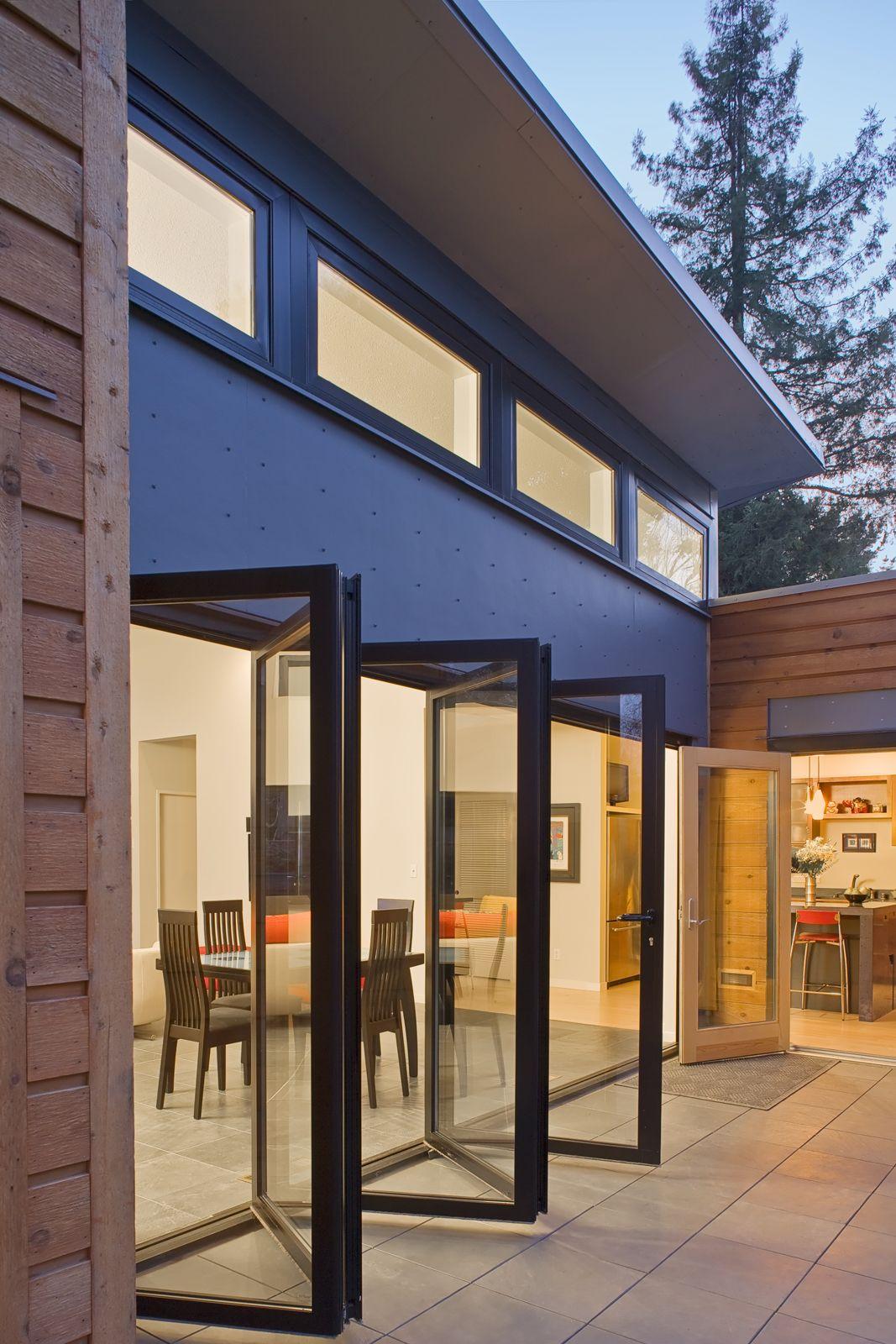 Breezehouse 3 4 Br Atrium Design House Design Cozy House