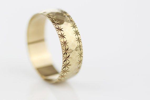 375 Gold Wedding Ring Vintage Unisex Wedding Band Vintage 9Ct White Gold 7mm Wide Wedding Band Vintage White Gold Pattern Wedding Band