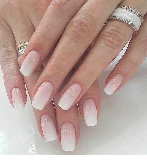 Hellrosa Ombre Nagel Inspirierende Damen Nails Nagel In 2020 Pink Ombre Nails Ombre Acrylic Nails Ombre Nails
