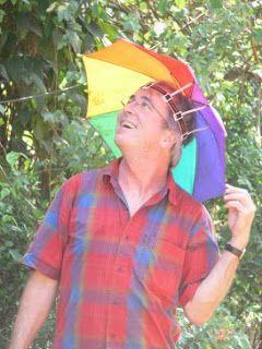 fa2c3f6d9590a Some Guy s Blog  Dudes Wearing Umbrella Hats...