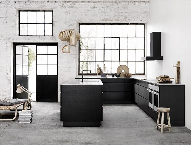 Black Kitchens | Six Picks