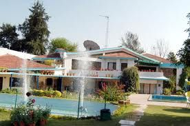 Best Resorts!  http://jaipur.treehousecottages.in/