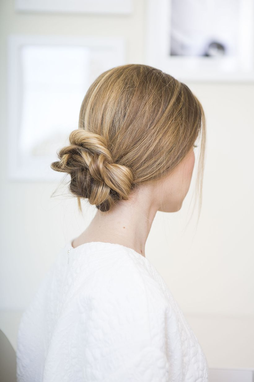 Nailing The Perfectly Loose Low Bun | Low bun hairstyles ...