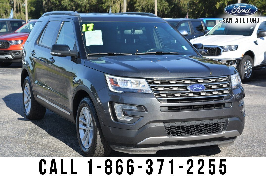 Pin By Santa Fe Ford On Ford Explorer With Images Ford Explorer Ford Explorer Xlt Suv For Sale
