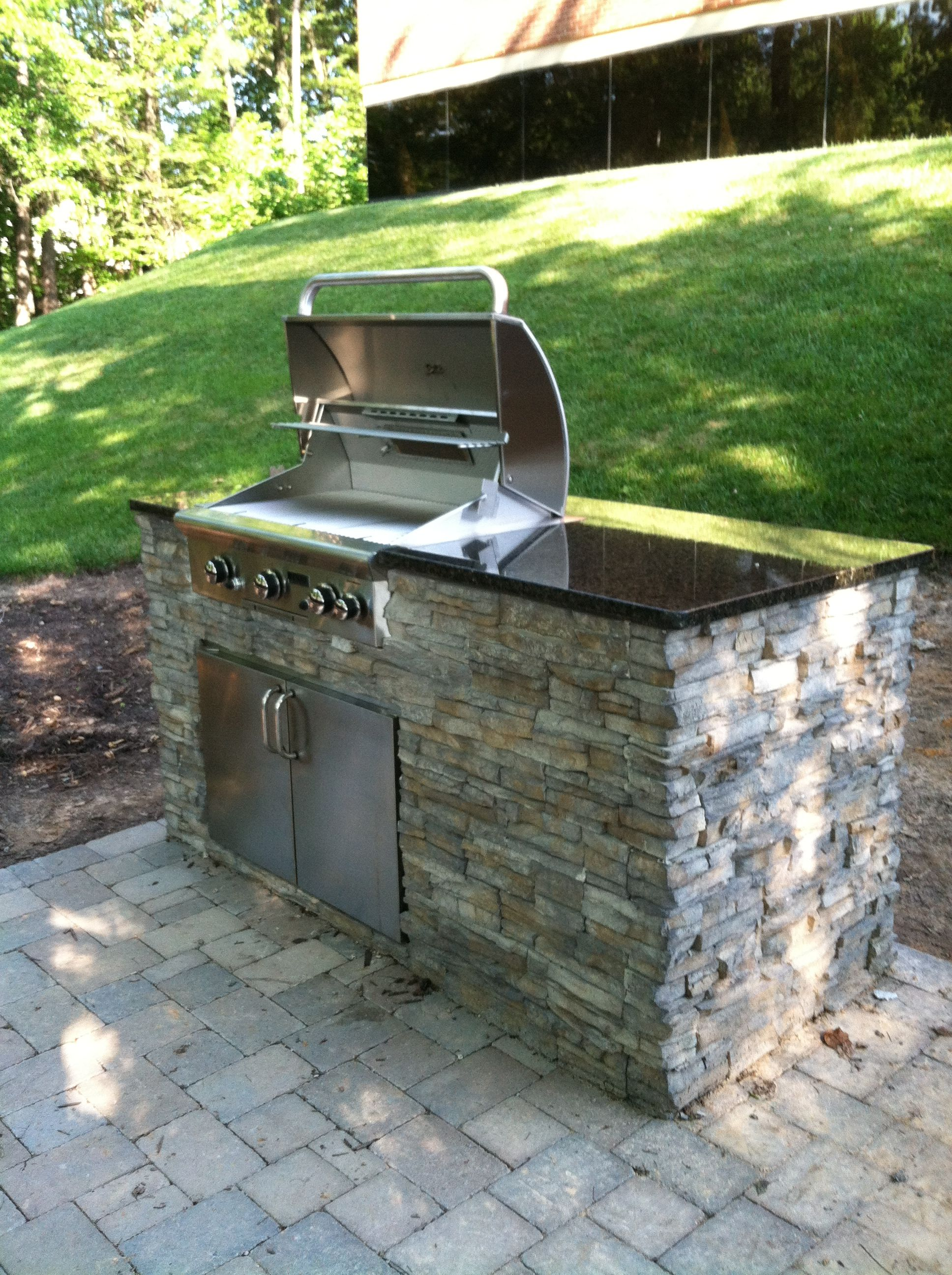 Small Outdoor Kitchen Under Patio | ... the last picture but ...