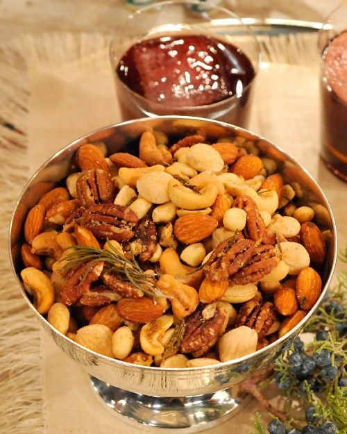 Brown Butter Nut Mix With Rosemary And Thyme Recipe Appetizer Recipes Thanksgiving Appetizers Easy Rosemary Thyme Recipe