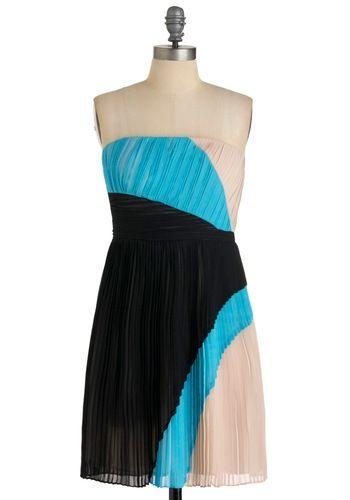 Acrobatic Pleats Dress | Mod Retro Vintage Dresses | ModCloth.com - StyleSays