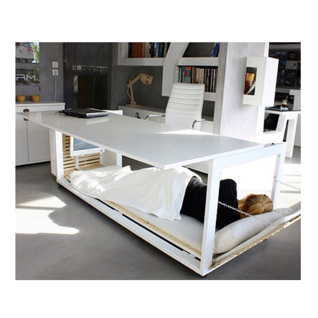 Standing Desk Vs The Nap Desk Studio Nl Has Created A Prototype Be Aware According To The National Sleep Foundation S Bed Desk Convertible Desk Desk Design