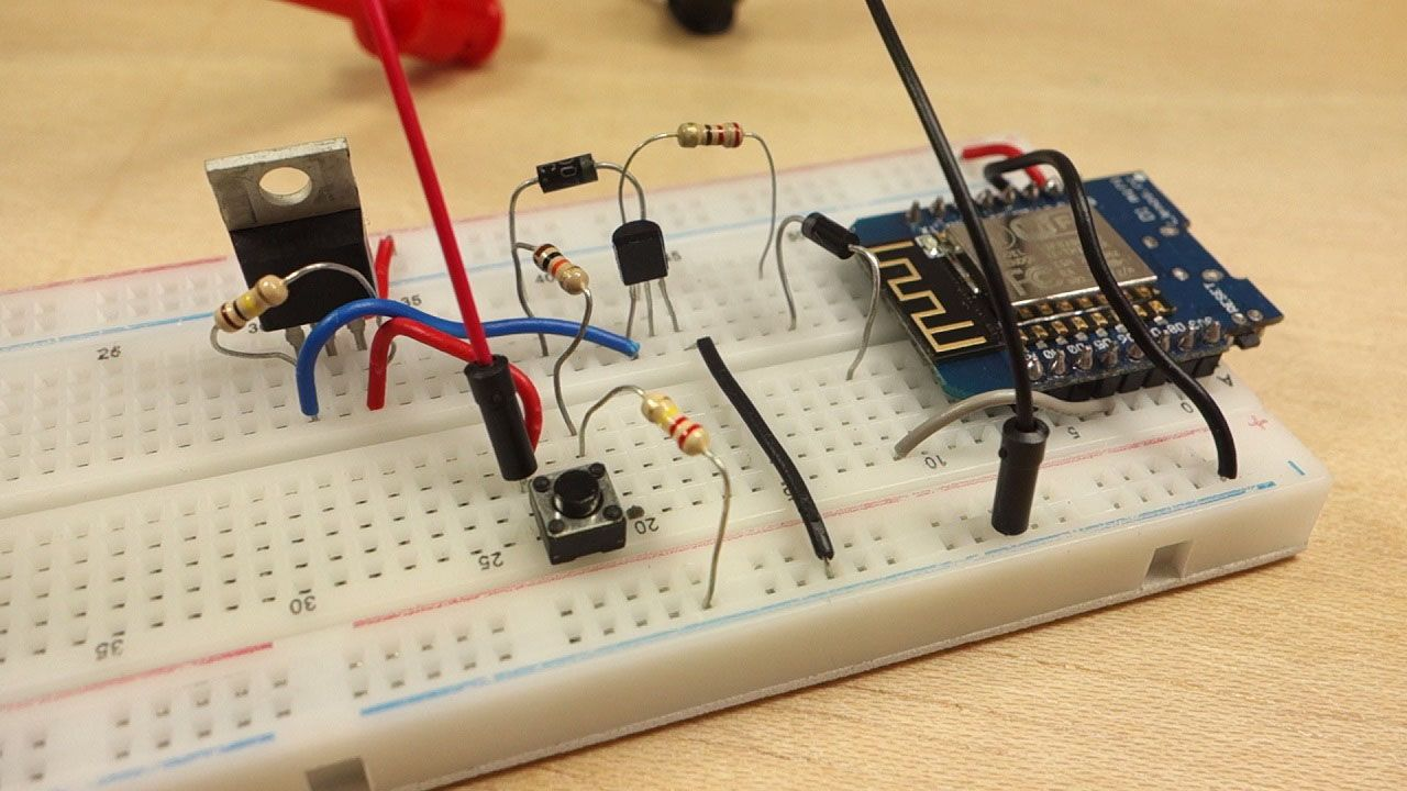 Learn how to build a Latching Power Switch Circuit (Auto
