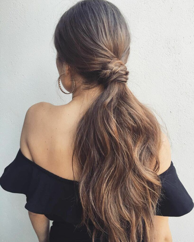 80 Attractive Christmas Hairstyles for the Best Holiday Look || As Christmas races towards ...