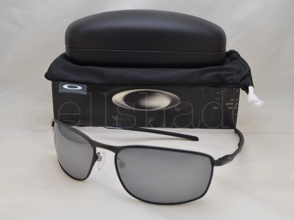 e2a8b70d389 Oakley CONDUCTOR 8 (OO4107-02 60) Matte Black with Black Iridium Polarized  Lens