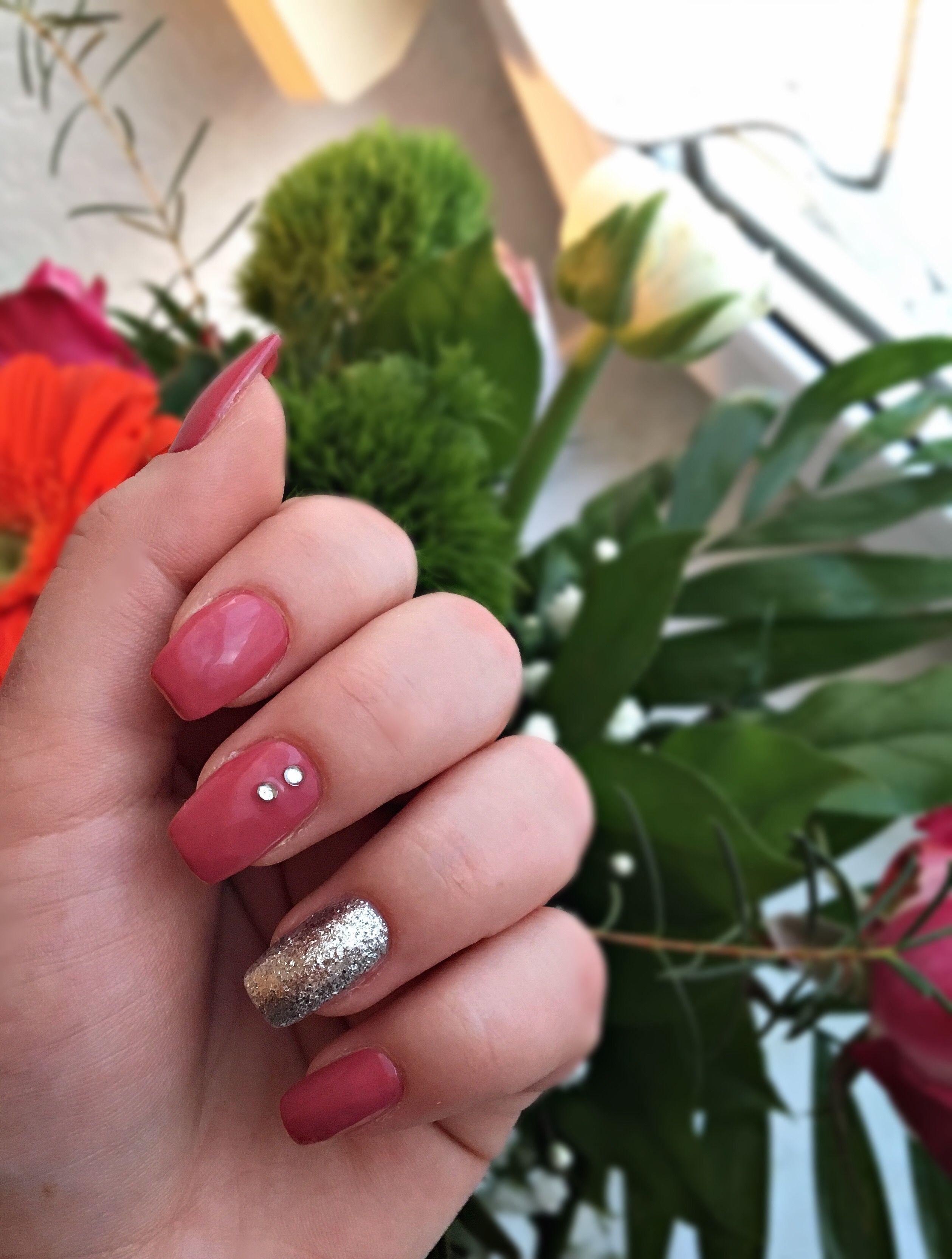 Nails Nailart Nageldesign Altrosa Glitzer Glitter Springnails Nageldesign Altrosa Nageldesign Altrosa