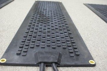 Best Uv Protected Anti Slip Rubber Industrial Heated Stair Mats 640 x 480