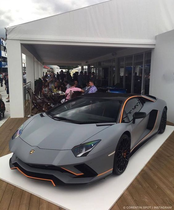 Photo of Lamborghini Veneno馬力、技術仕様-価格-最高速度-CarSpy-車—-写真-冷車やスポーツカー