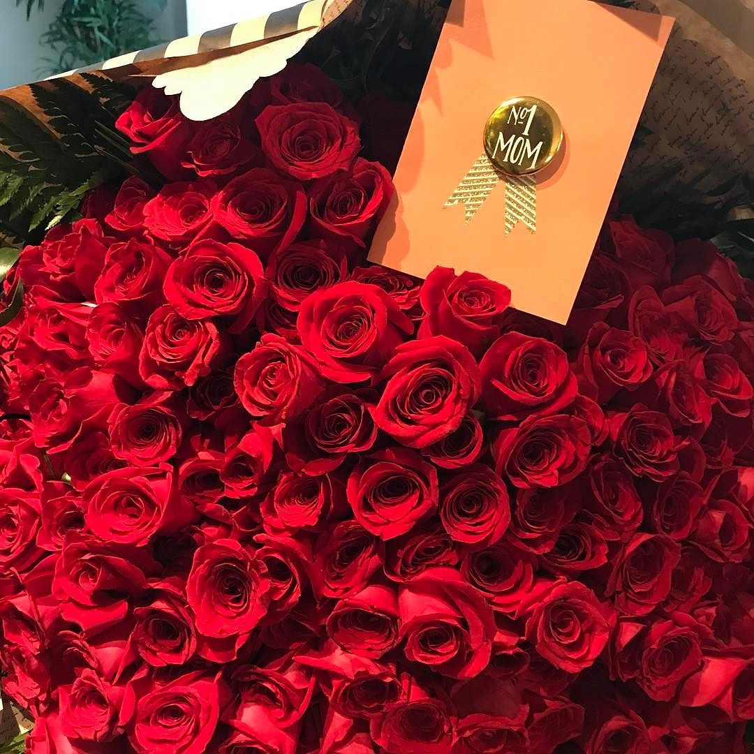 Mom 1 Just 216 Roses For The Best Mom Order Online You Are We Re Open Allysflower Com Or 9548005857 9547099 Best Mom Instagram Posts 10 Things